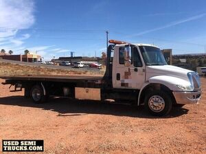 2006 International 4700 Flatbed Tow Truck DT466 6-Speed Eaton AT.